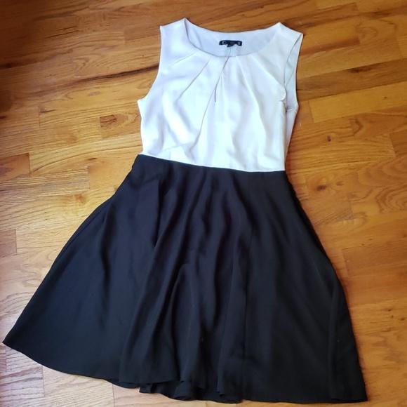 Express Dresses & Skirts - Express Sleevless Dress